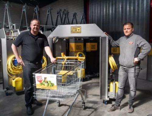 Slimme uitvinding in Holten: een wasstraat voor winkelwagentjes